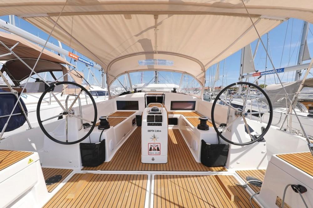 Noleggio Barca a vela con o senza skipper Jeanneau Croazia