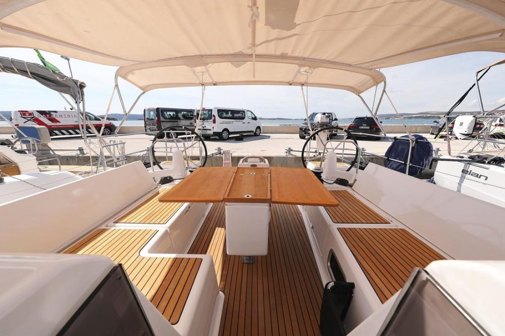 Noleggio barche Croazia economico Sun Odyssey 440
