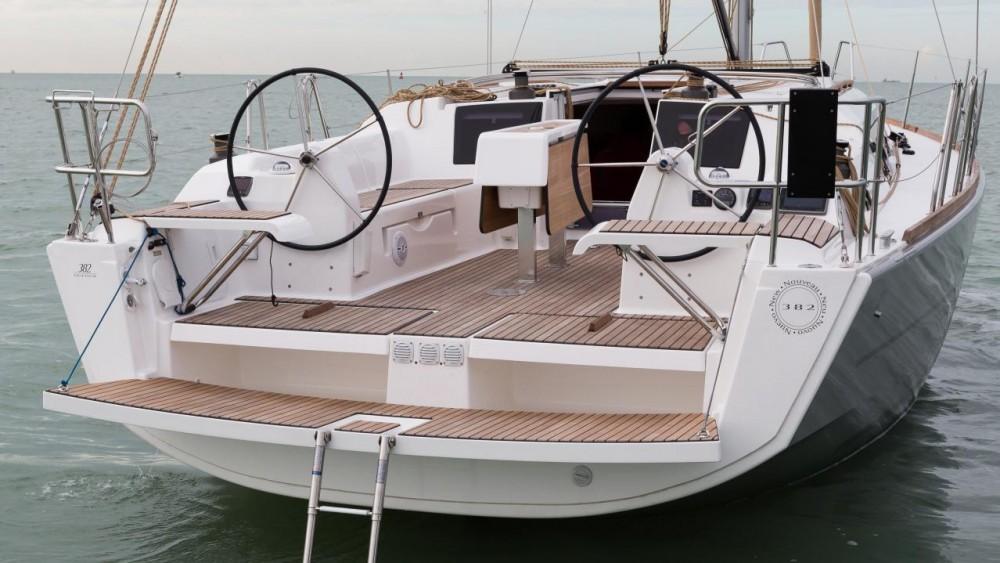 Noleggio barche Dufour Dufour 382 Grand Large Port de plaisance d'Horta su Samboat