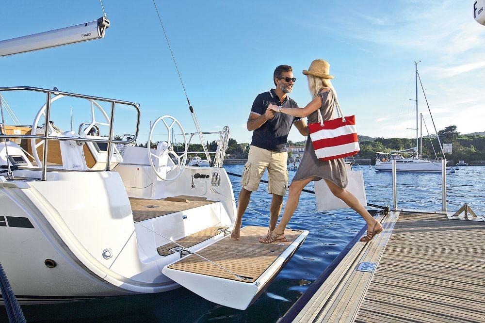 Noleggio Barca a vela con o senza skipper Bavaria Leucade