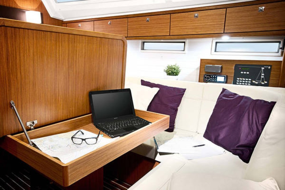 Bavaria Cruiser 46 tra personale e professionale Leucade