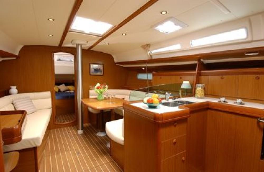 Noleggio barche Peloponneso economico Sun Odyssey 42i