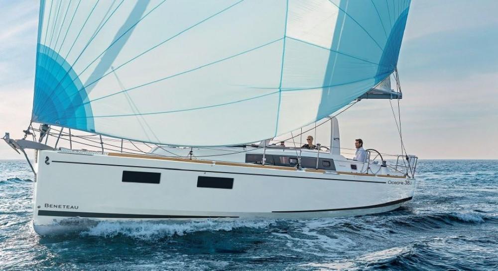 Bénéteau Oceanis 38.1 tra personale e professionale Sardegna