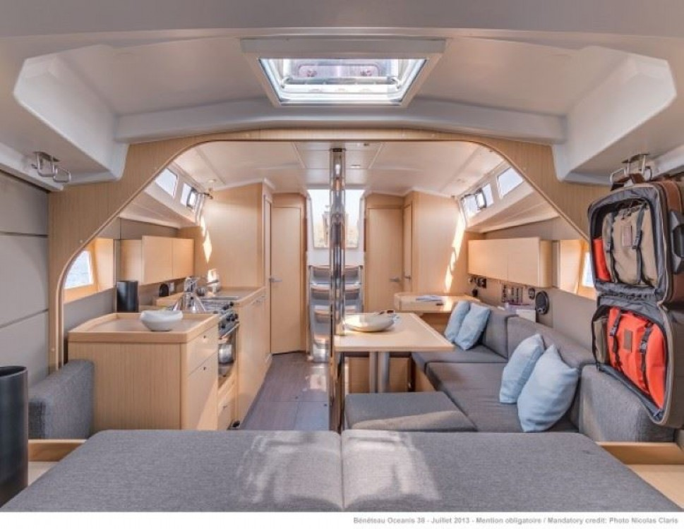 Noleggio yacht Sardegna - Bénéteau Oceanis 38.1 su SamBoat