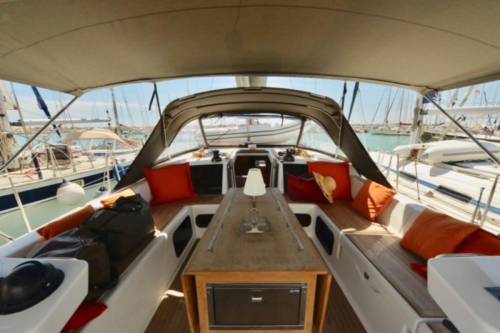 Noleggio yacht Cecina - Dufour Dufour 520 Grand Large su SamBoat