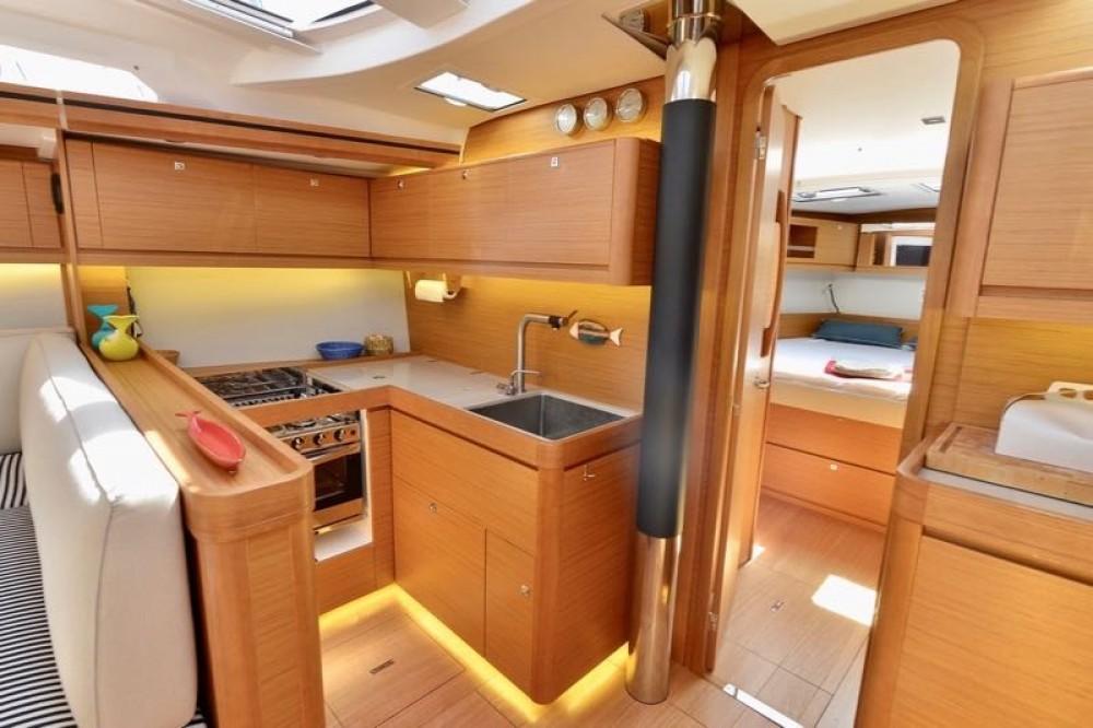 Noleggio Barca a vela con o senza skipper Dufour Cecina