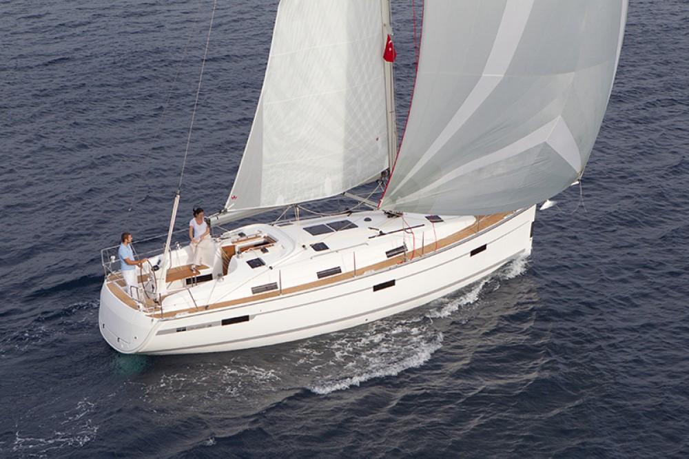 noleggio Barca a vela Malta - Bavaria Cruiser 36