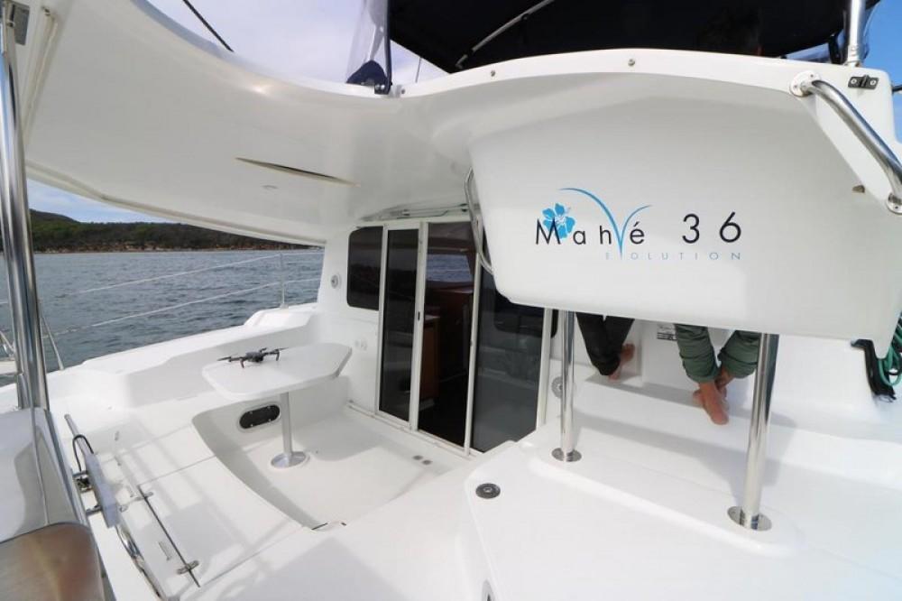 Noleggio Catamarano con o senza skipper Fountaine Pajot Fethiye