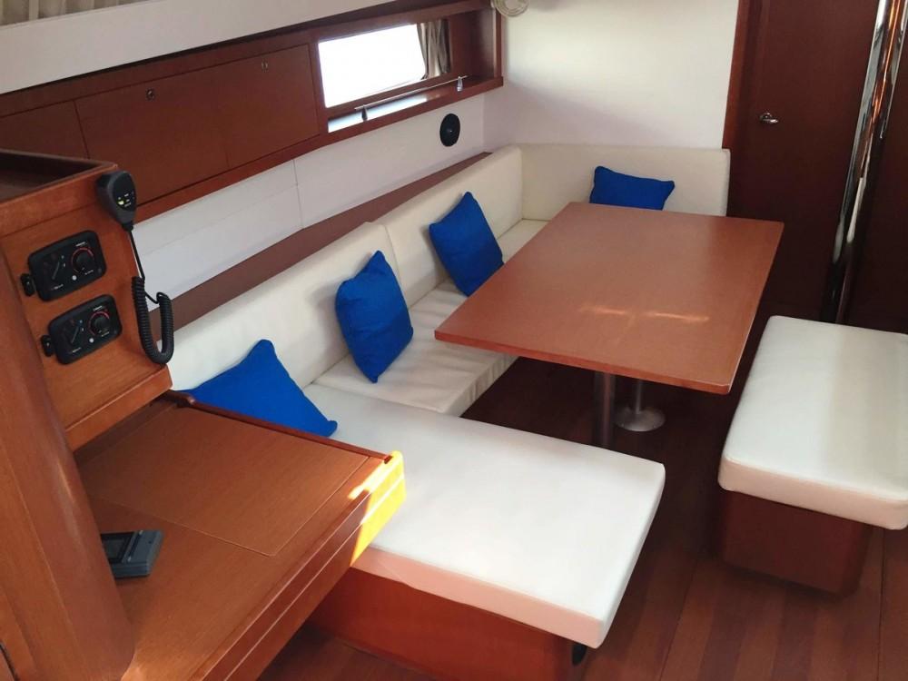 Noleggio barche Marsala economico Oceanis 48