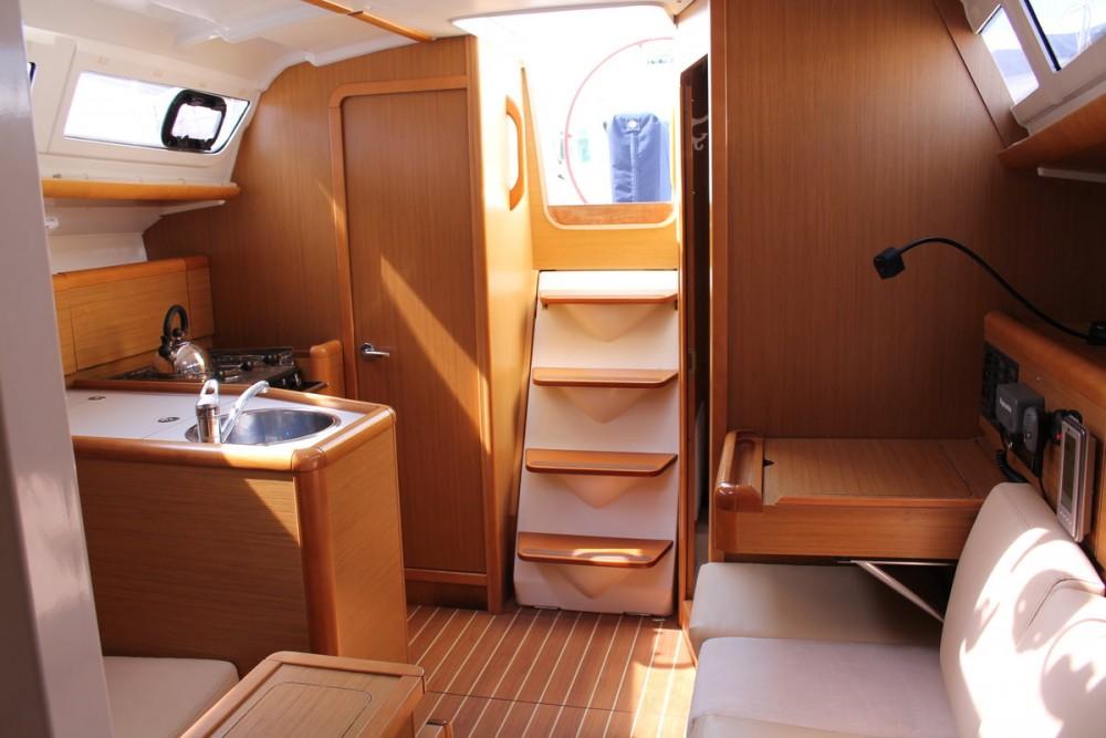 Noleggio Barca a vela con o senza skipper Jeanneau Marsala