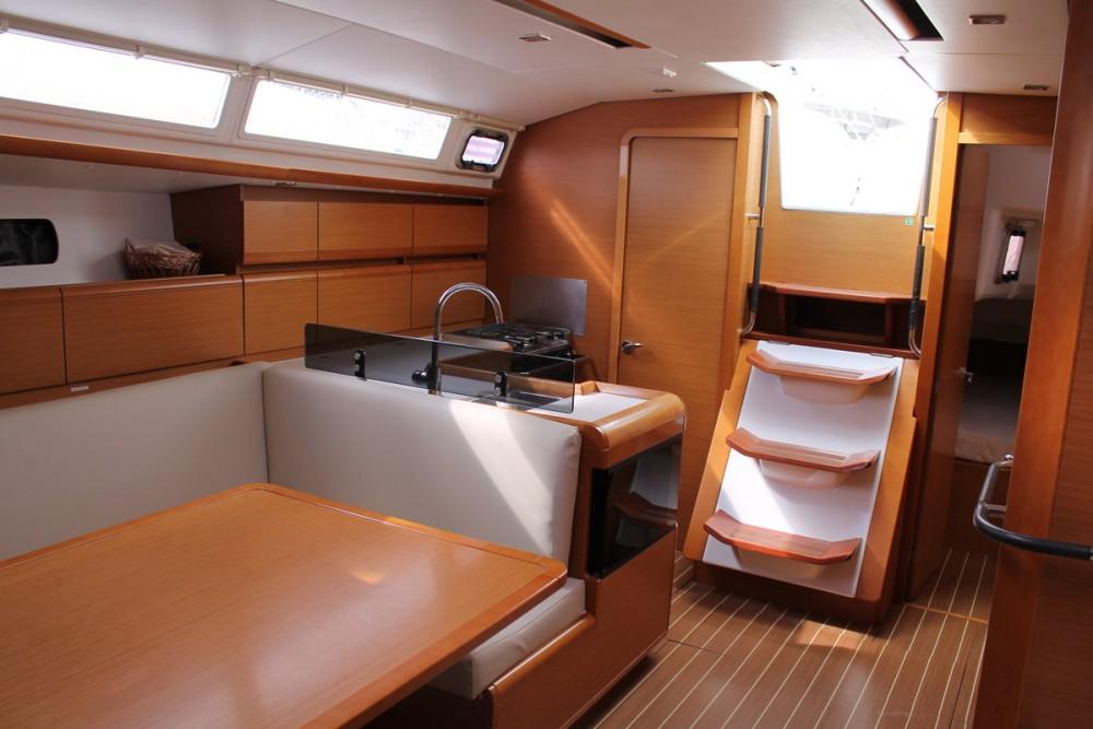 Noleggio yacht  - Jeanneau Sun Odyssey 439 su SamBoat