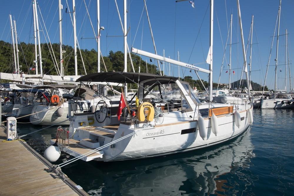 Noleggio barche Göcek economico Oceanis 45