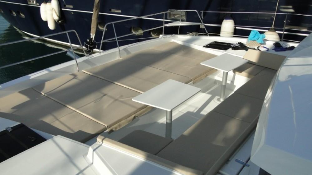 Catamarano a noleggio Phuket al miglior prezzo