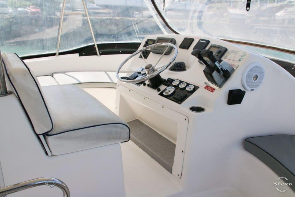 Boston Whaler Conquest 44 tra personale e professionale Airlie Beach