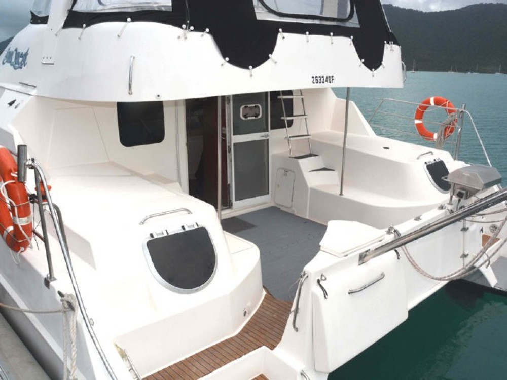 Noleggio Catamarano con o senza skipper Boston Whaler Airlie Beach