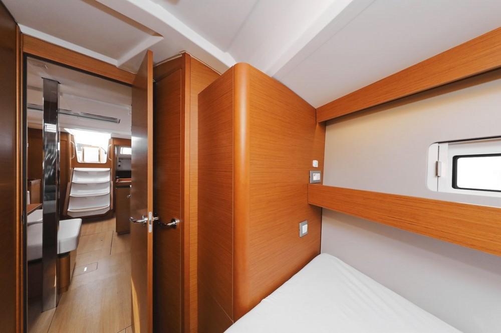 Noleggio barche Jeanneau Sun Odyssey 440 Croazia su Samboat