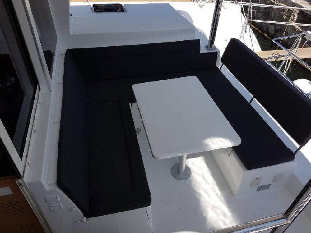 Noleggio yacht Álimos - Lagoon Lagoon 400Lagoon 400 su SamBoat