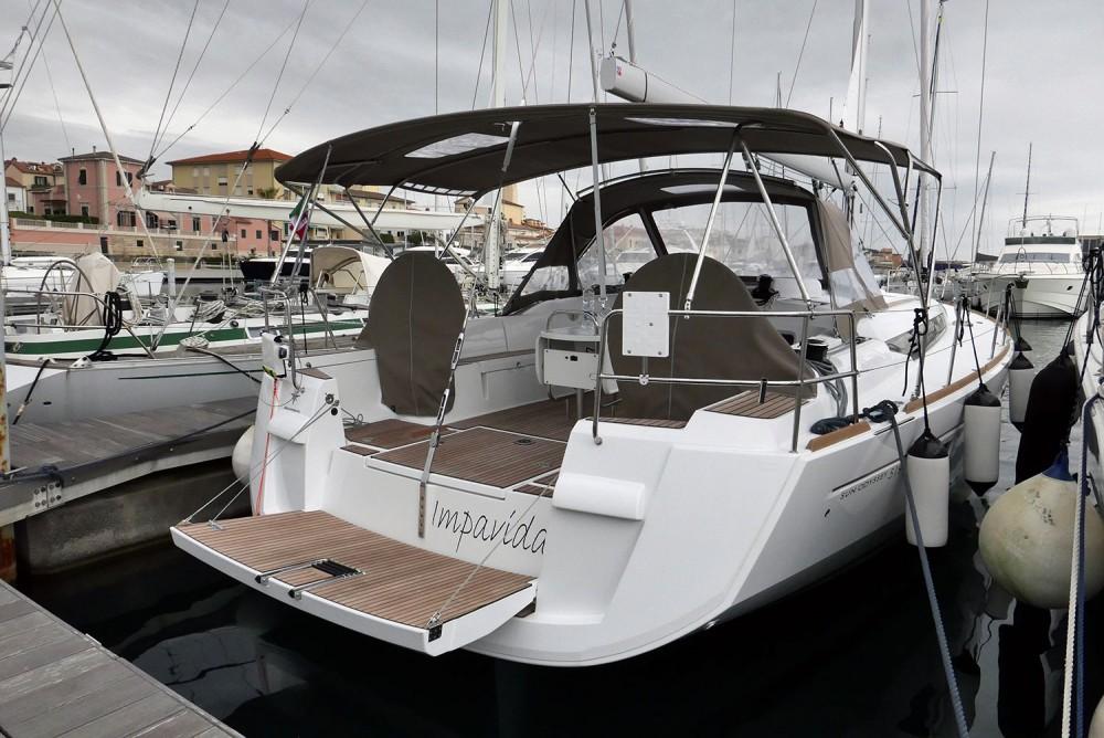 Noleggiare un'Jeanneau Sun Odyssey 519 San Vincenzo