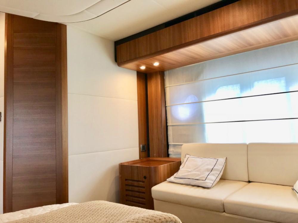 Noleggio barche Absolute Navetta 58 Rogosnizza su Samboat