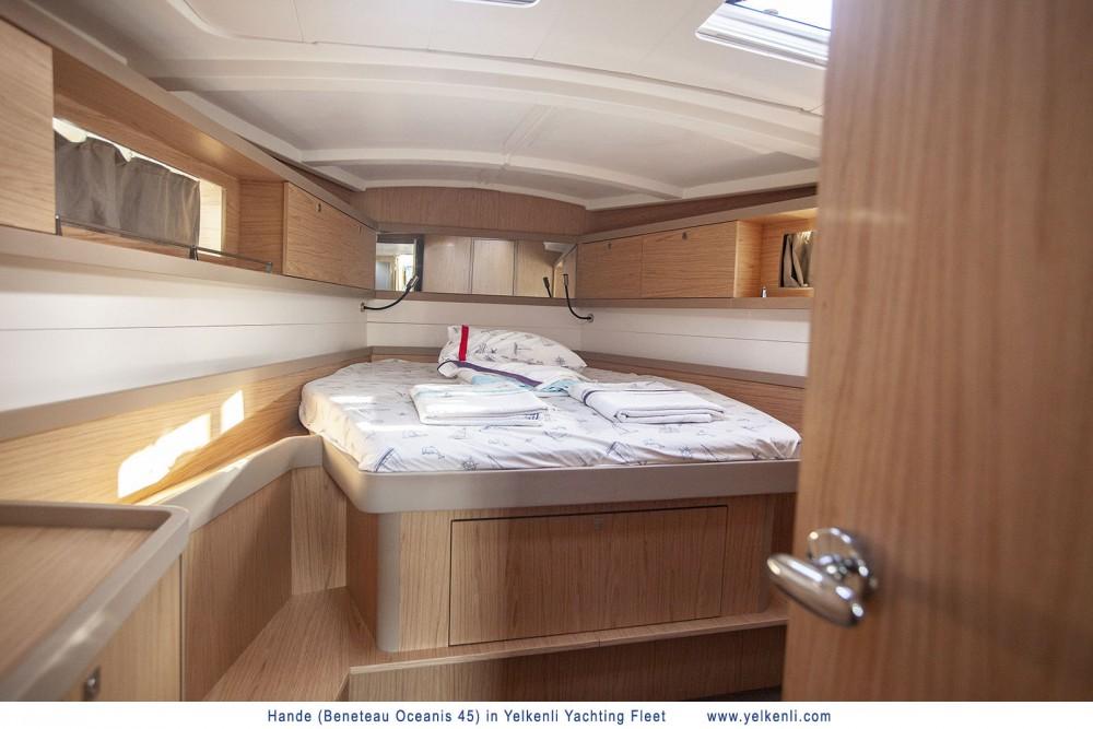 Noleggio barche  economico Oceanis 45 (2018)