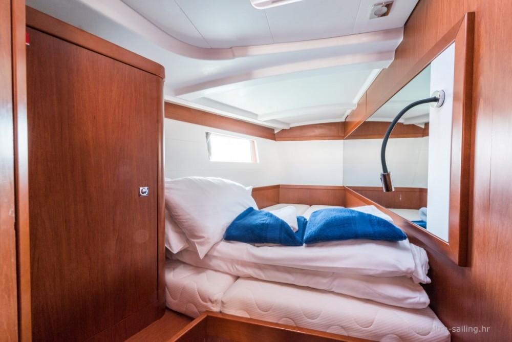 Noleggio barche Bénéteau Oceanis 48  su Samboat