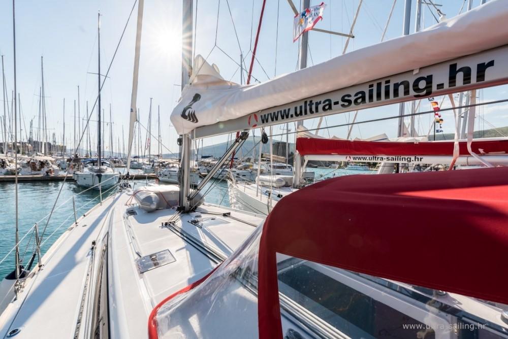 Noleggio barche  economico Oceanis 48