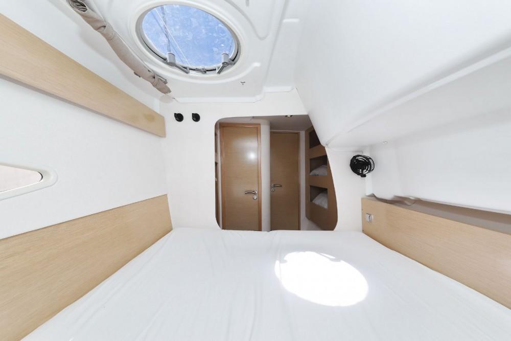Noleggio barche Fountaine Pajot Lipari 41 Zara su Samboat