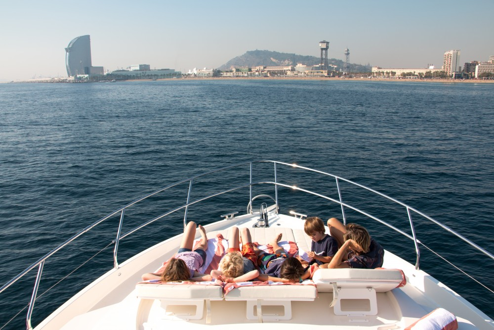 Absolute Absolute 52 FLY tra personale e professionale Barcellona