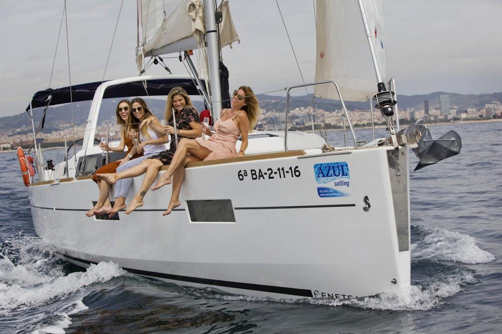 Barca a vela a noleggio Port Olímpic al miglior prezzo
