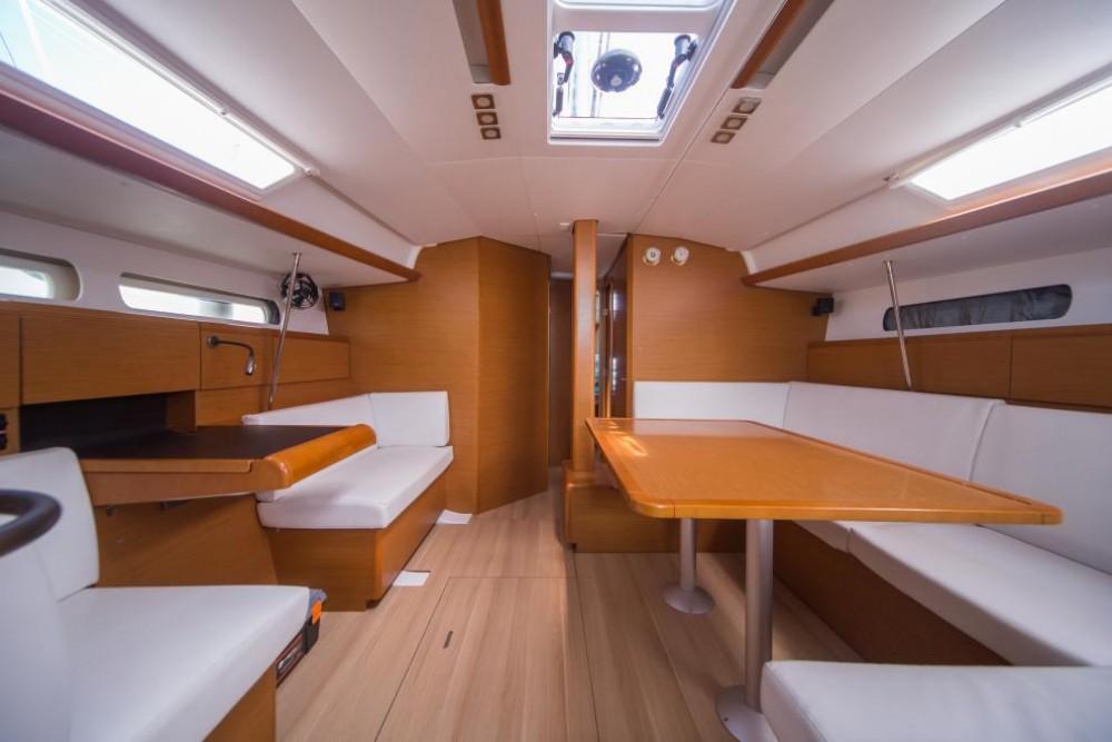Noleggio barche Jeanneau Sun Odyssey 449 Olbia su Samboat