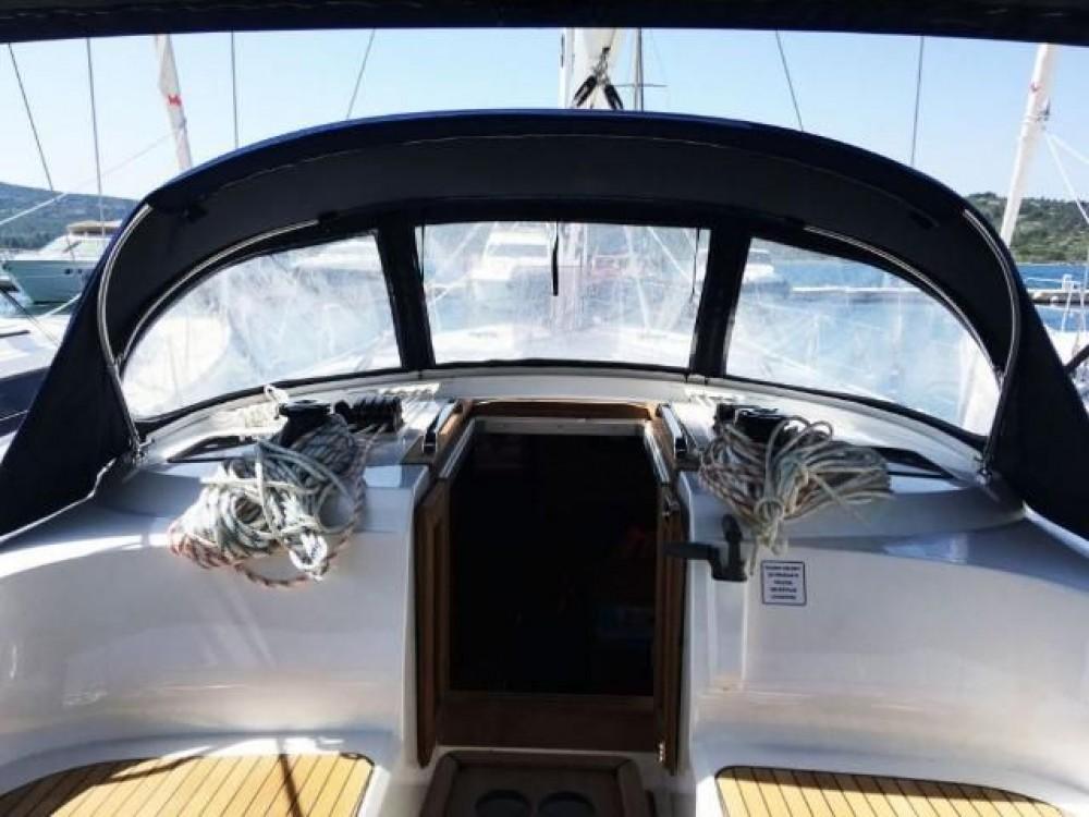 Barca a vela a noleggio Pirovac al miglior prezzo