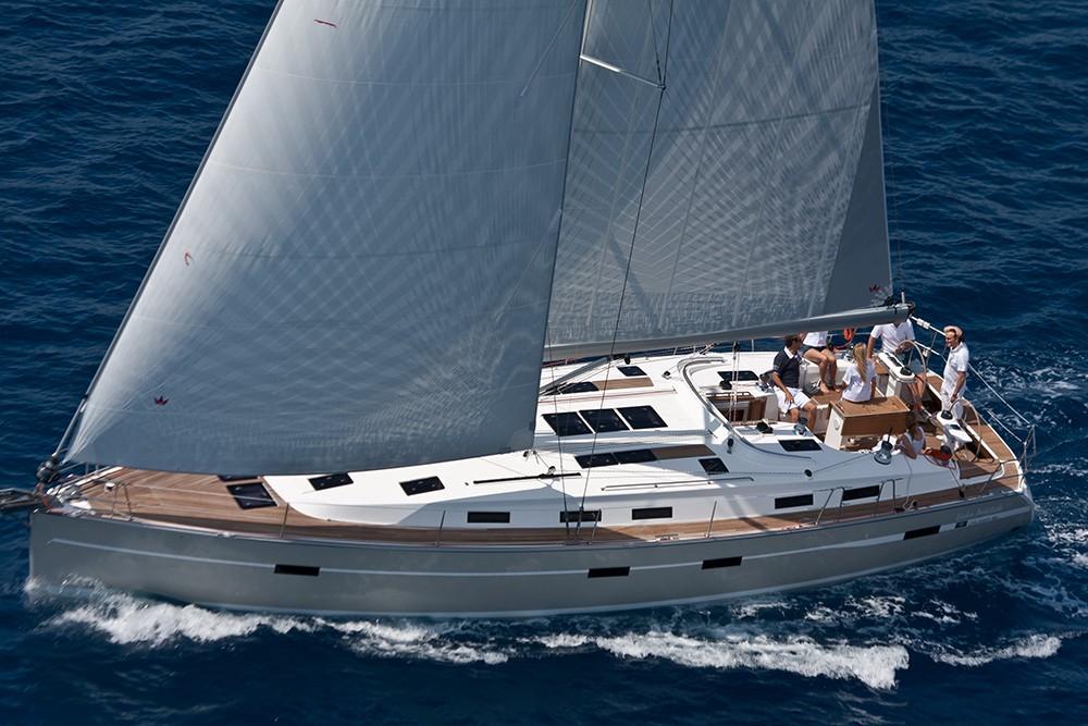 Noleggiare un'Bavaria Cruiser 50 Jezera