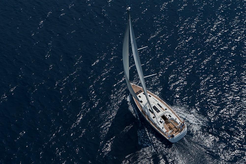 Barca a vela a noleggio Jezera al miglior prezzo