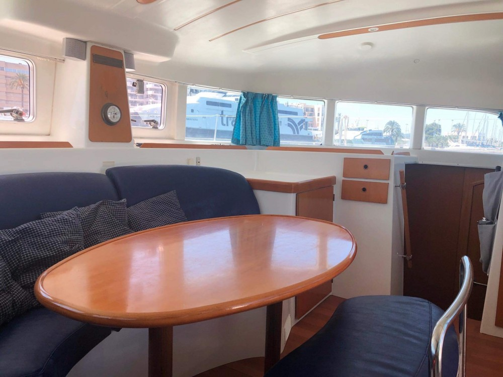 Catamarano a noleggio Eivissa al miglior prezzo