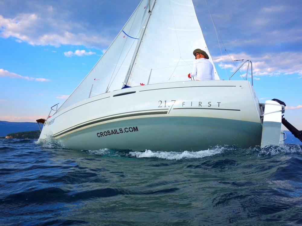 Barca a vela a noleggio Split al miglior prezzo