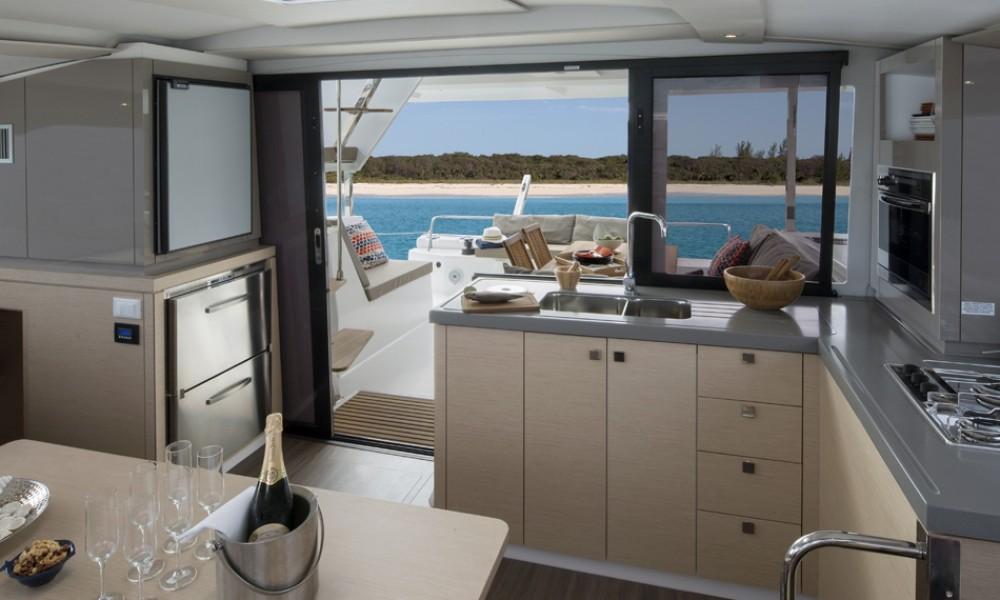 Noleggio Catamarano con o senza skipper Fountaine Pajot Croazia