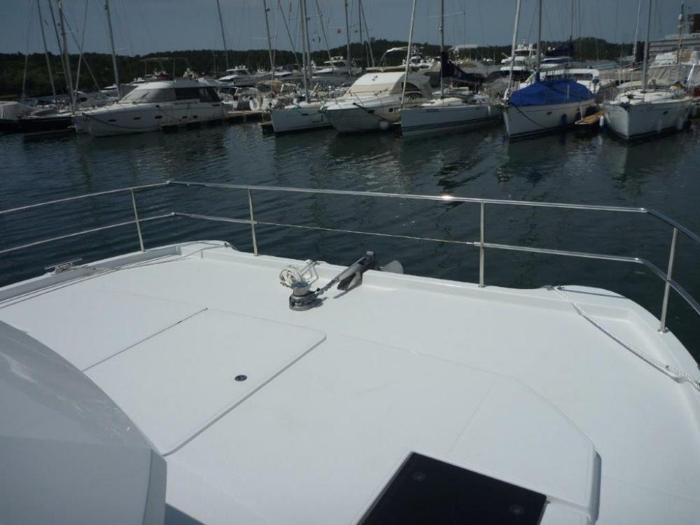 Catamarano a noleggio Sebenico al miglior prezzo