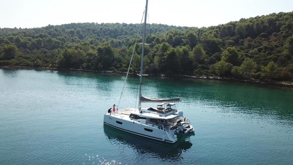Noleggio barche Traù economico Saona 47