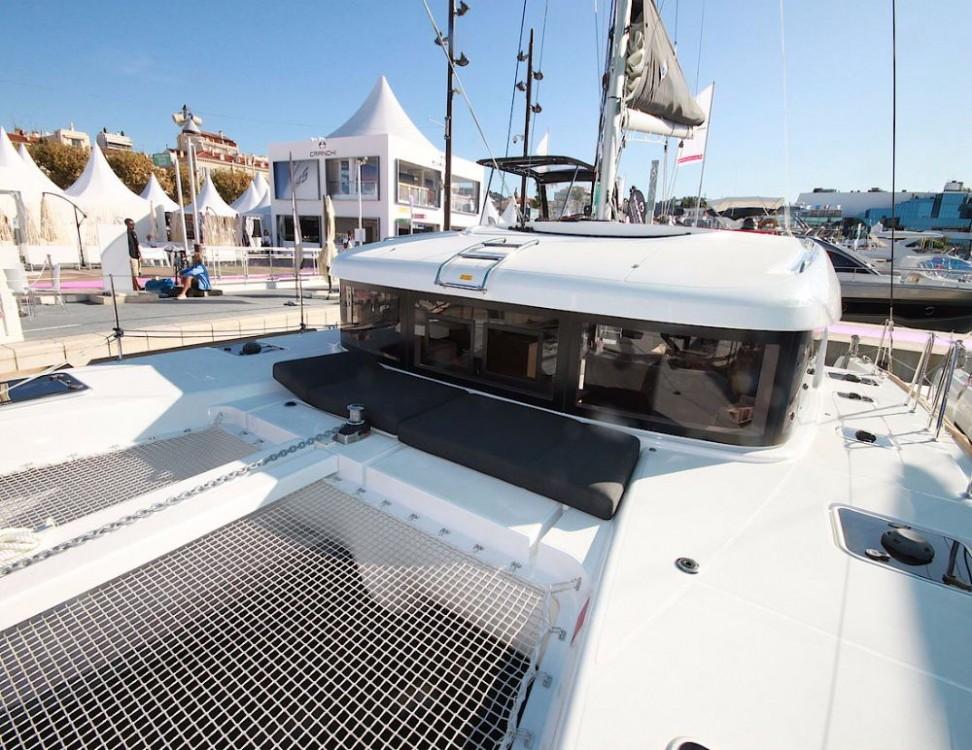 Noleggio Catamarano con o senza skipper Lagoon Croazia