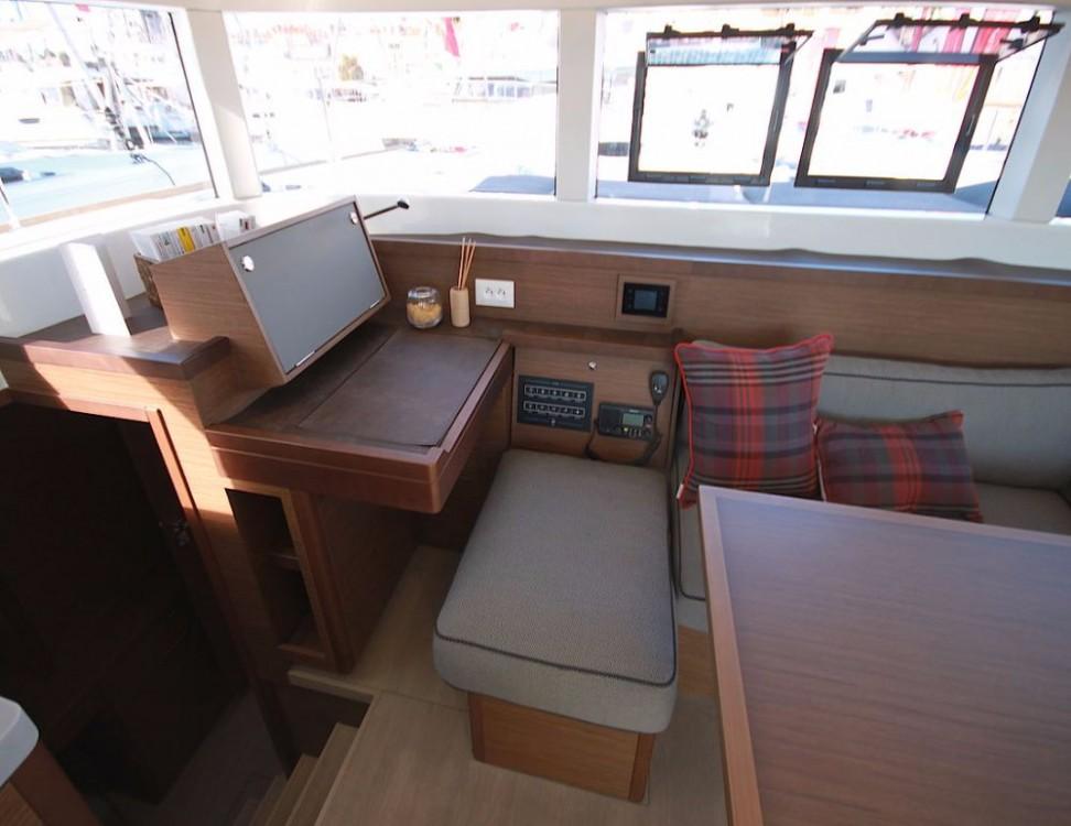 Noleggio barche Lagoon Lagoon 40 - 4 + 2 cab  Croazia su Samboat