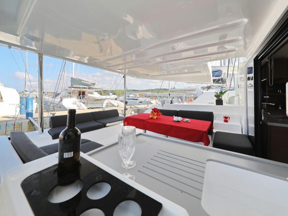 Noleggio barche Sukošan economico Lagoon 50