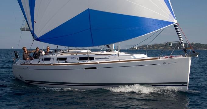 Noleggio barche Veruda economico Dufour 325