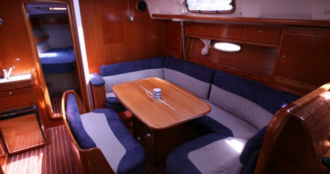 Noleggio barche Bavaria Bavaria 42 Cruiser a Lefkada (Isola) su Samboat