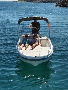 Noleggio Barca a motore Remus con patente nautica