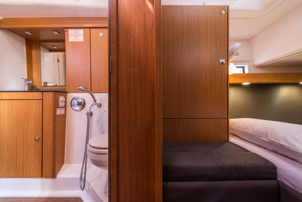 Noleggio barche  economico Bavaria Cruiser 56