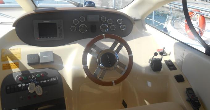 Noleggio yacht a Pirovac – Azimut Azimut 39 su SamBoat