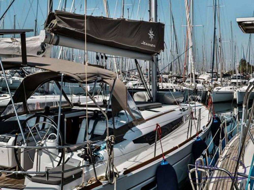 Noleggio yacht  - Jeanneau Sun Odyssey 509 (2015 )( FULL REFIT 2020 - A/C,GENERATOR,INVENTER ) su SamBoat