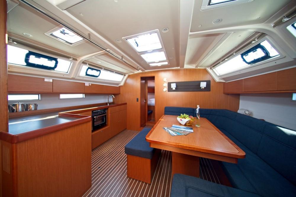 Noleggio barche  economico Cruiser 46