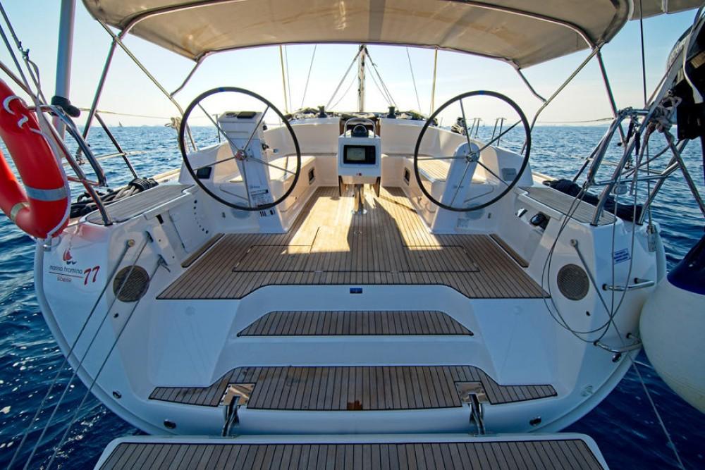 Noleggiare un'Bavaria Cruiser 46