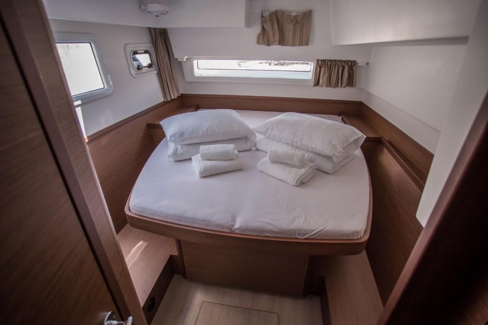 Noleggio barche Croazia economico Lagoon 42